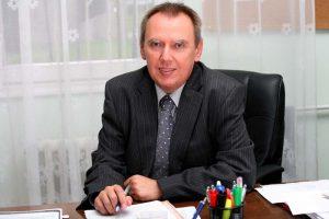 Dr. Barna Viktor